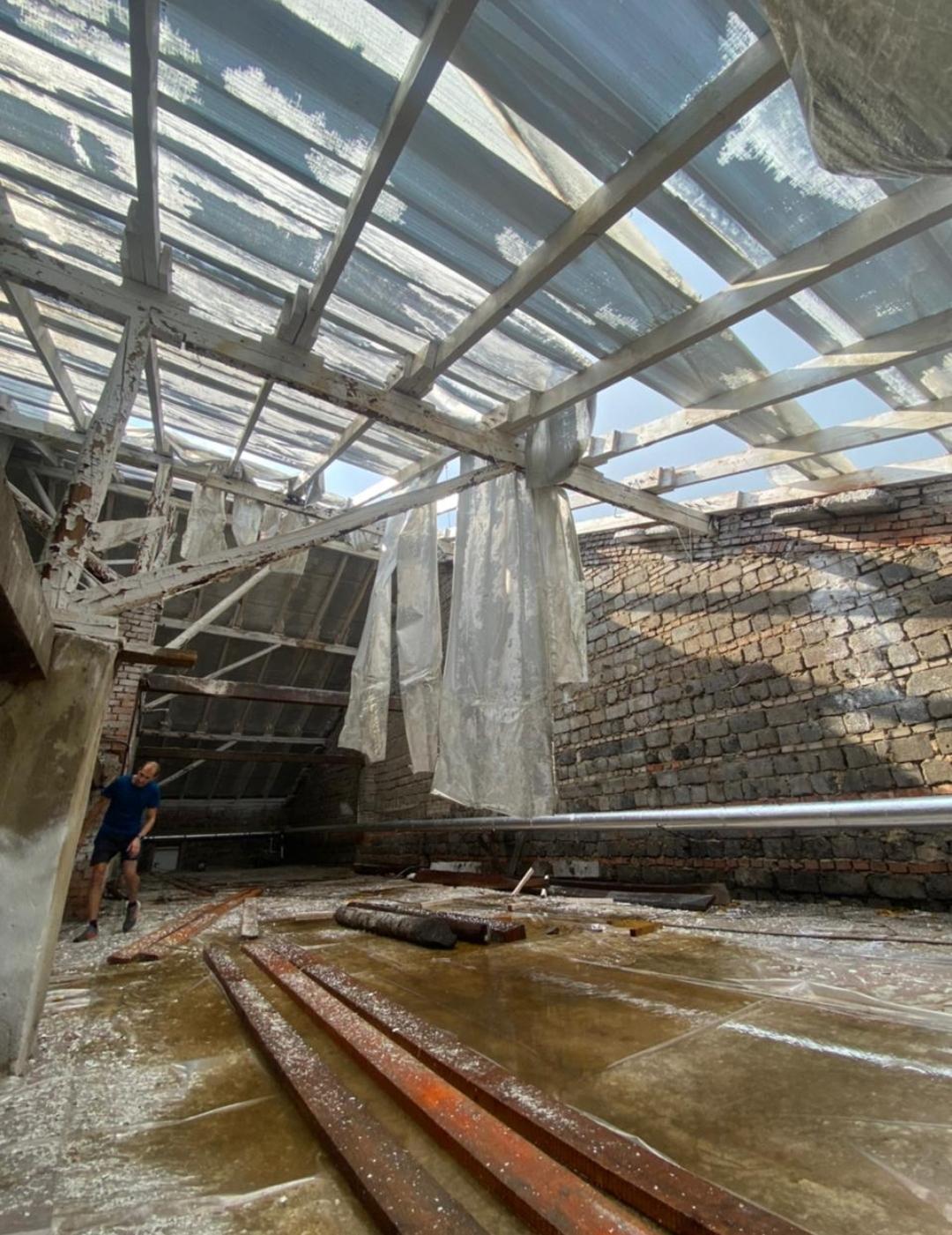 Ураганный ветер сорвал крышу Шолоховского дома культуры