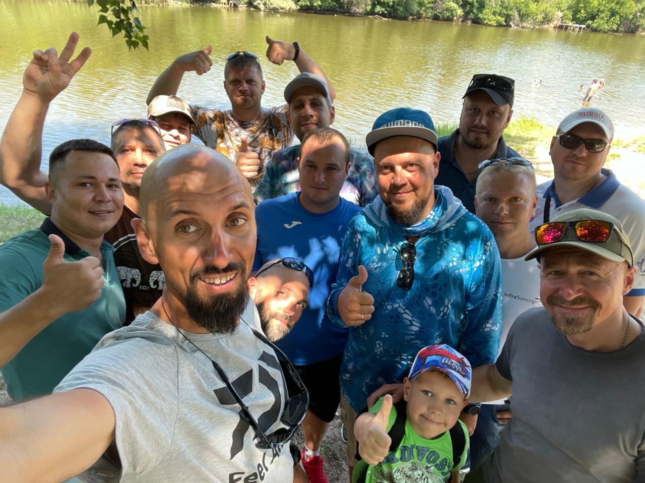 В парке Молодежном прошла встреча с рыболовом Андреем Старковым