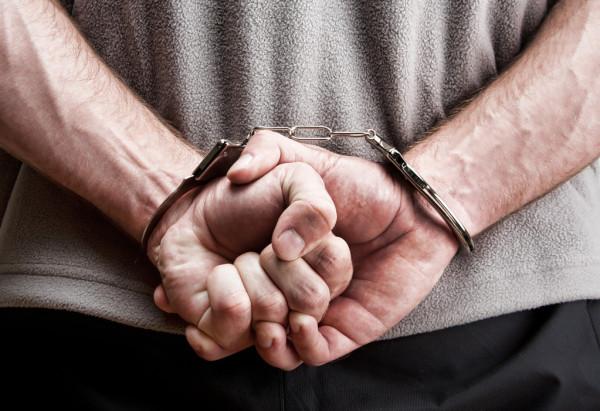 40-летнего жителя Шахт задержали по подозрению в изнасиловании 10-летней девочки