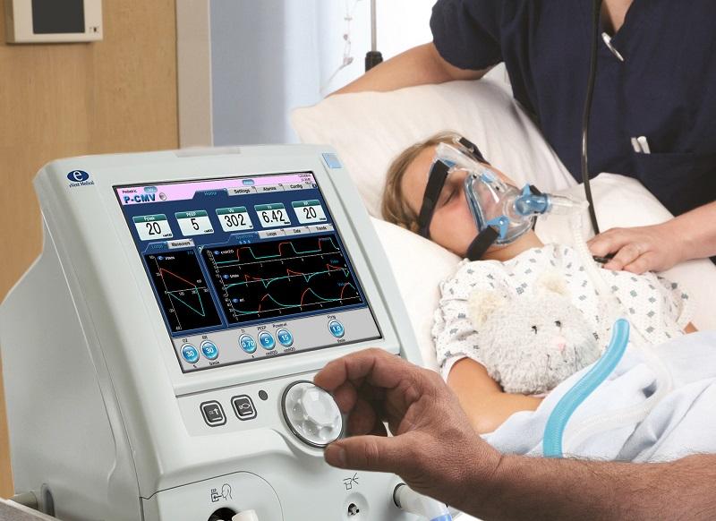Пульмонолог Авдеев: Почти у всех пациентов на ИВЛ выявили штамм «дельта»