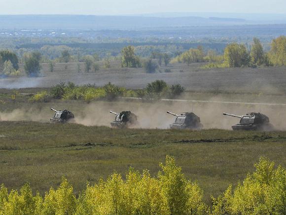 Россия отправила военных и танки к границе с Афганистаном