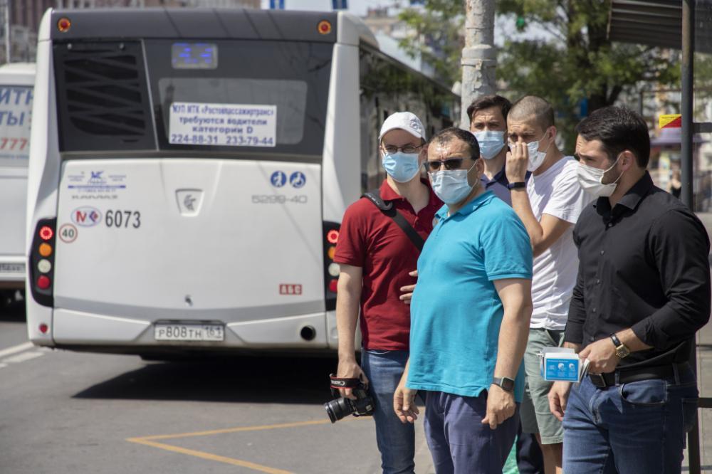 За прошедшую неделю в Ростове наказали 19 водителей автобусов, нарушивших масочный режим