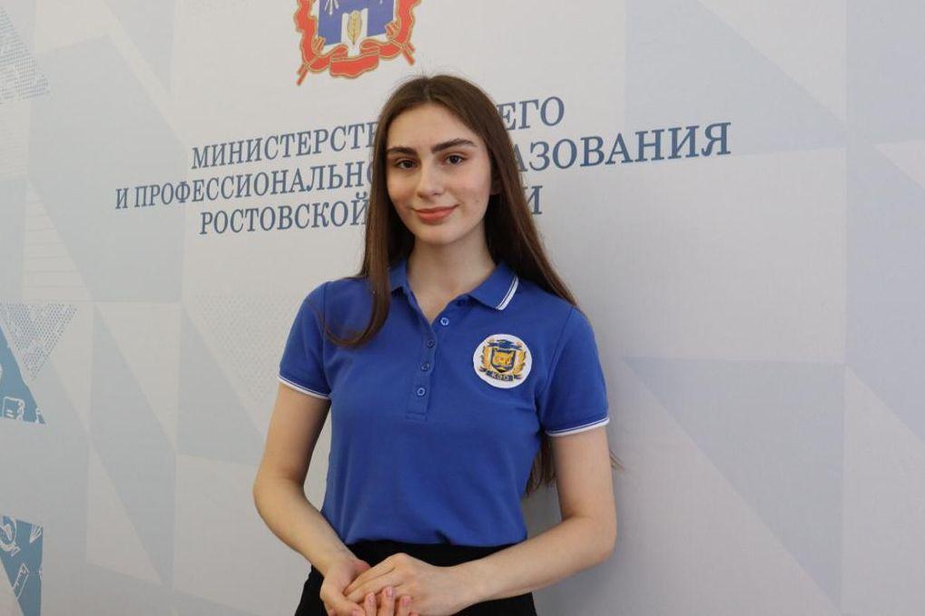 Донская выпускница набрала 400 баллов по четырем предметам на ЕГЭ