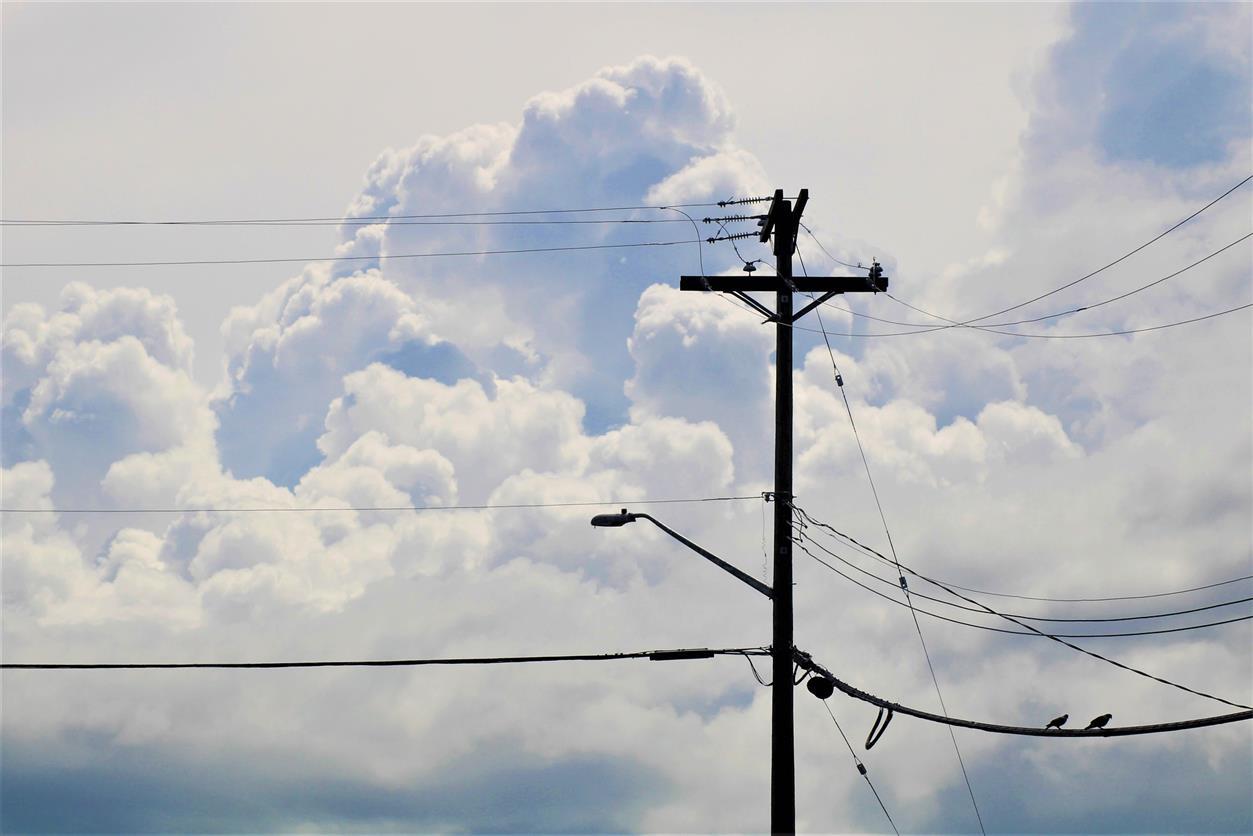В хуторах района отключат электроэнергию