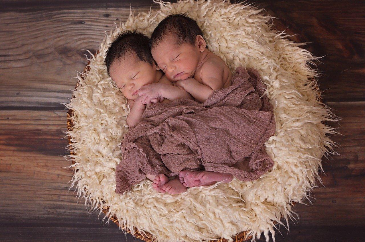 За полгода в Белокалитвинском районе  родились 7 двоен