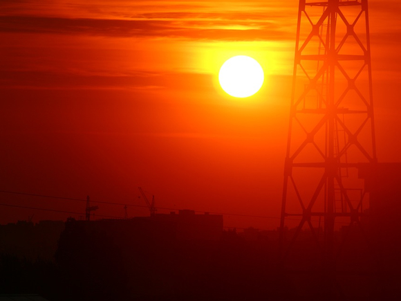 Климатолог предупредил о смертельных волнах жары в России