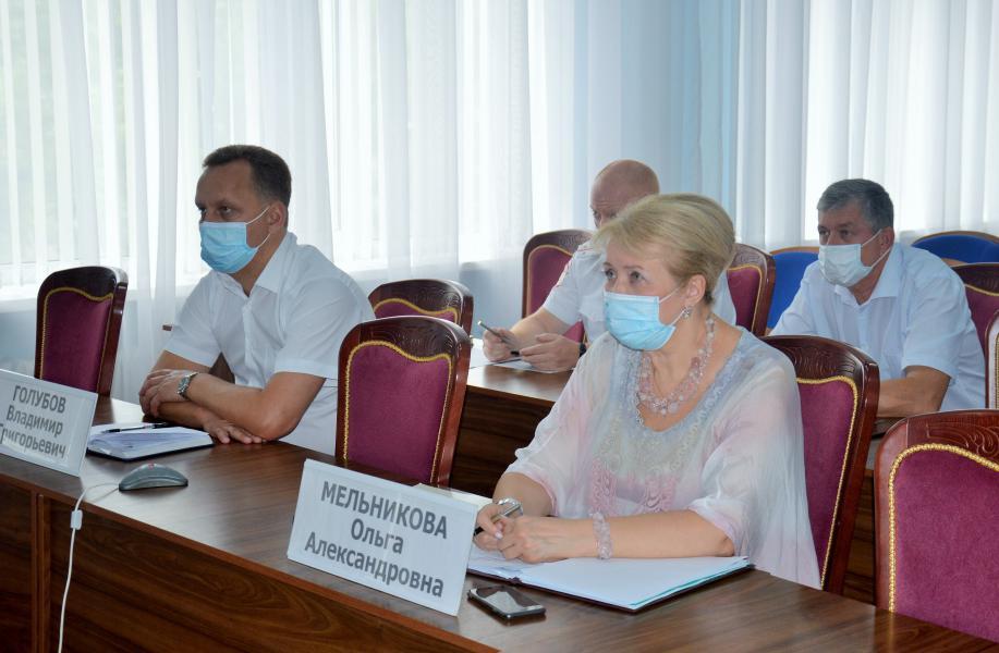 Белокалитвинское специализированное предприятие ООО «Автоколонна 1991» осуществляет подвоз обучающихся по 39 школьным маршрутам