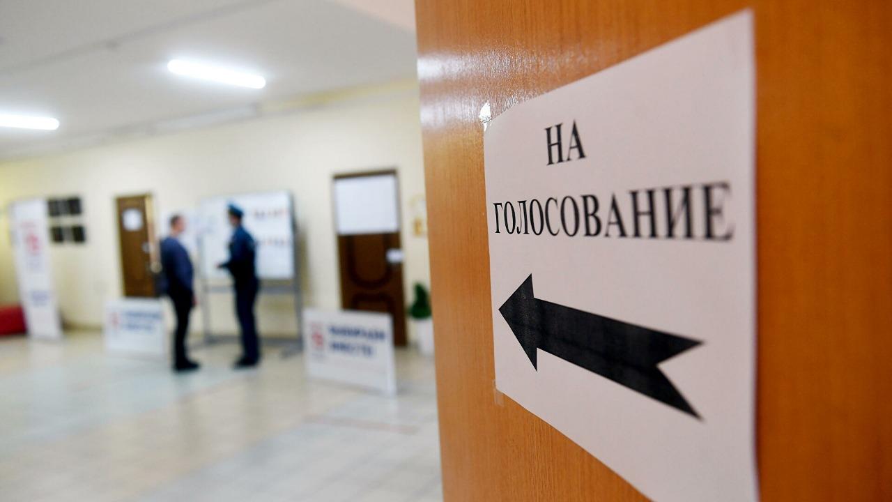 Первый день выборов -голосуют даже казаки