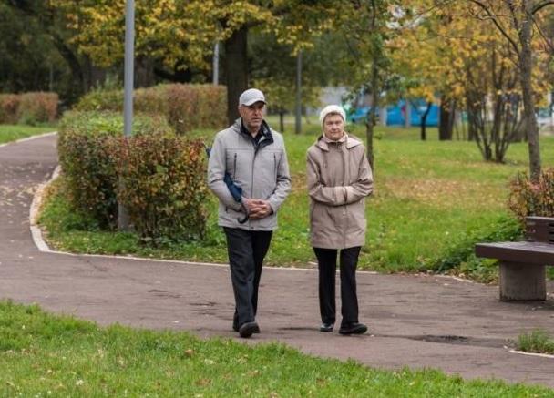 Пенсионеры Дона со 2 сентября начали получать единовременную выплату в 10 тысяч рублей