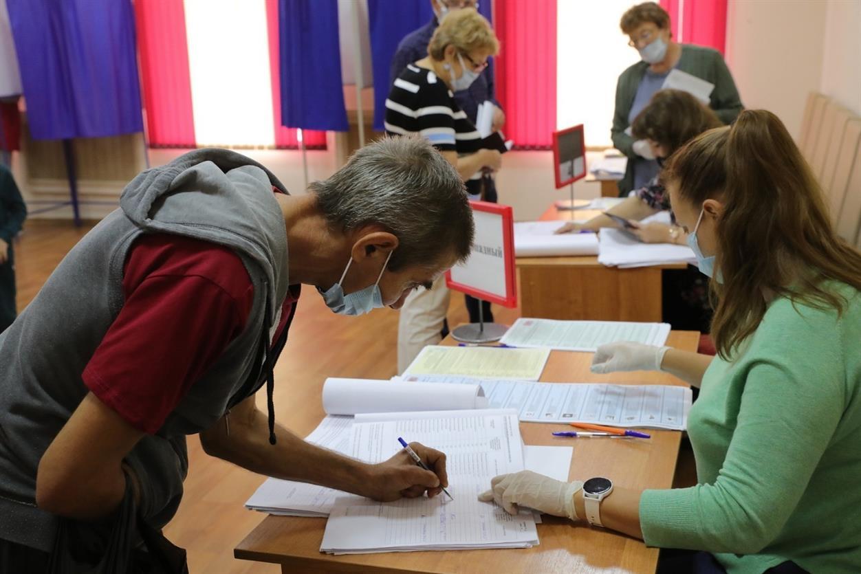 Стримы блогеров, камеры, наблюдатели: как голосовали на Дону