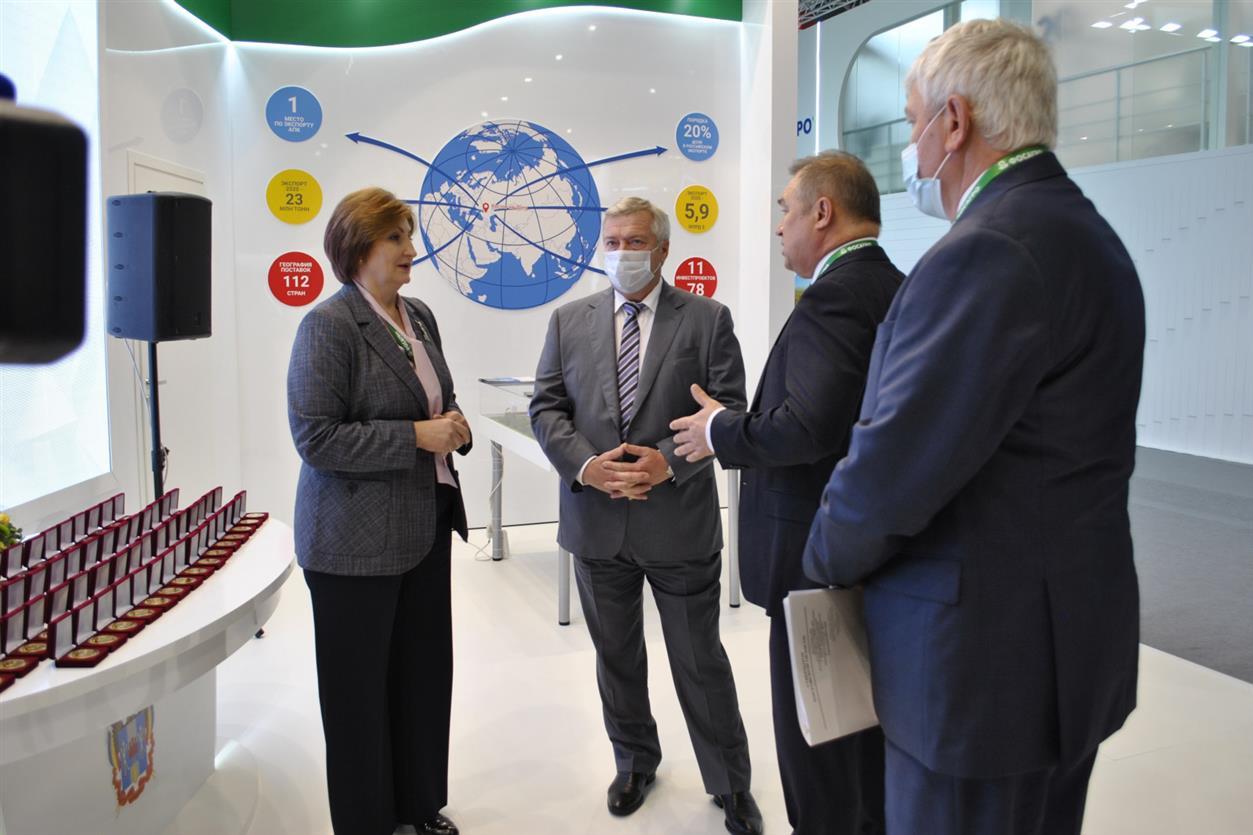 Инвестиционные соглашения, гран-при и медали: итоги Недели АПК для Ростовской области